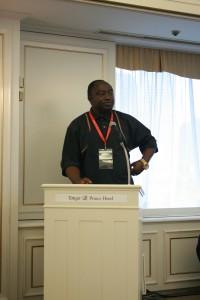 非識字・紛争・人権侵害に取り組むアフリカ・ネットワーク(ANICHRA)のウィリブロード・ゼングワさん